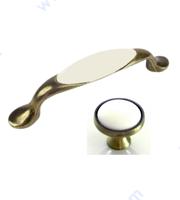 Мебелни дръжки старо злато с бял порцелан